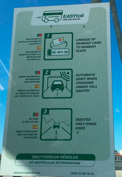 Foto: Cartel con las Instrucciones para utilizar EasyToll.